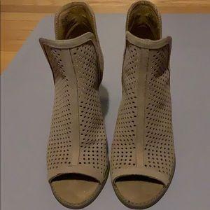 Lucky Brand booties